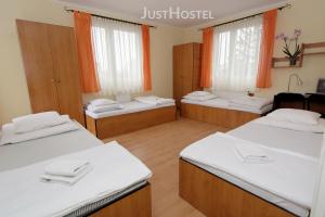 justhostel-tanie-noclegi-gdansk-pokoje-0031